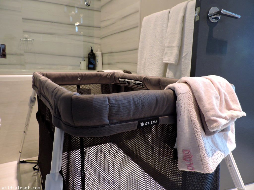 How to Set-up Guava Family's Lotus Everywhere Travel Crib