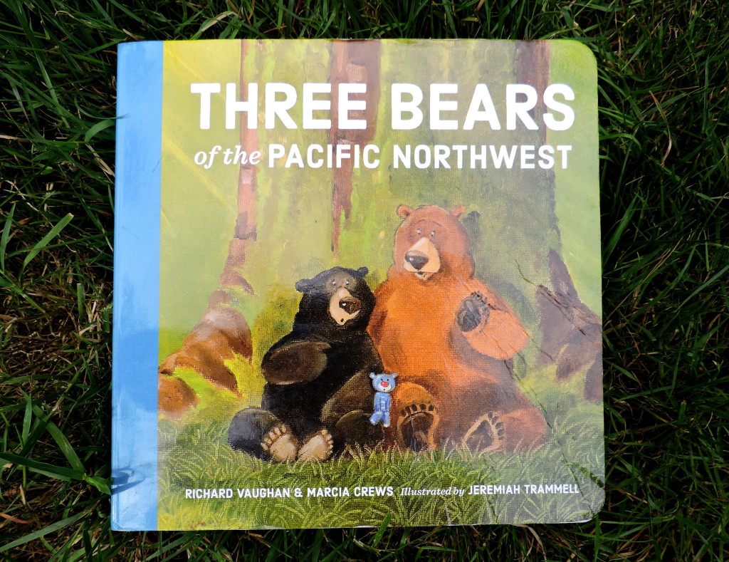 Three Bears of the Pacific Northwest Revew +Video |WildTalesof.com